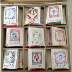 Maak zelf theeverpakkingen en laat ze versieren door de kinderen van de klas, zakje erin en klaar!