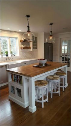 87+ best farmhouse kitchen decor ideas and remodel page 26 | myblogika.com