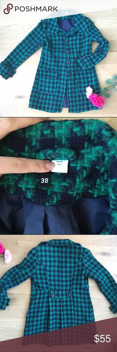 H&M wool blend green herringbone coat like new! Hm divided. Size 38. Like new. Excellent condition. Worn once. Super cute!!! Extra button attached. Wool poly. Sleeve button detail. Front Buttons up with 4 buttons. All buttons attached. And extra one attached inside tag. Machine wash or dry clean. Front two pockets! Absolutely chic! No trades! Always take offers :) ask me anything. Beautiful green and blue colors! H&M Jackets & Coats Pea Coats