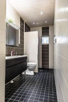 Tehostelaatat.. Etuovi Bath Ideas, Floors, Toilet, Bathtub, Bathroom, Home Tiles, Standing Bath, Washroom, Flats