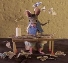 Check out that teeny tiny tongue hanging out! Maus Illustration, Felt Mouse, Cute Mouse, Collage Artists, Cute Little Things, Soft Dolls, Miniture Things, Felt Animals, Paper Dolls