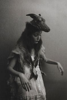 Lola Zaza, daughter of Aleister Crowley and Edith Rose Kelly -- Nuit Ma Ahathoor Hecate Sappho . Aleister Crowley, Potnia Theron, Maleficarum, Creepy Photos, Strange Pictures, Mystique, Isabelle, Vampire Knight, Coven