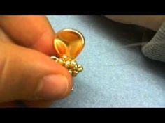 Tutorial Primule - Flower Pendant with Petal Rose Beads  ~ Seed Bead Tutorials