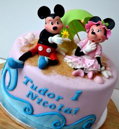 Mickey Mouse Cake