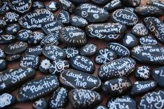 ThinkingIQ Blog: Think Stones- Free printable list of inspirational messages you can write on your own rocks.