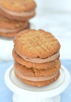 The Crazy Kitchen: Peanut Butter & Nutella Sandwich Cookies Nutella Sandwich, Peanut Butter Sandwich Cookies, Crazy Kitchen, Everyday Food, Family Meals, A Food, Biscuits, Tin, Sandwiches
