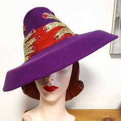 INCREDIBLE vintage-style purple felt wide brim tilt hat with two surrealist sequin hands (nearly sequins were painstakingly hand-sewn onto the hat). Made with authentic, era-appropriate vintage materials. A truly unique hat to compliment any ensemble! 1930s Fashion, Vintage Fashion, Wide-brim Hat, Hats, Mane Event, 1940s Style, Vintage Style, Compliments, Sequins