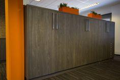 Kastenwand bij GRM Expertises in Roosendaal uitgevoerd in hoogwaardige kwaliteit plaatmateriaal van Deco Legno.