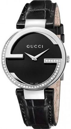 285a8771e9e Featuring the famous Gucci interlocking double