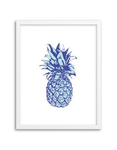 Download and print this free printable pineapple wall art for your home or office!