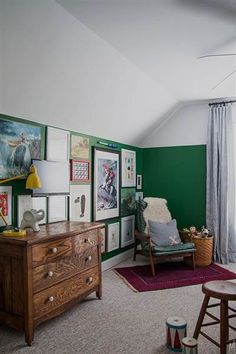 The Makerista makeover: Boy's room goes from bland to bold - TODAY.com