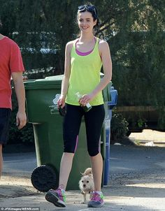 Krysten Ritter in her Nike Pegasus 30s with an outfit to match!