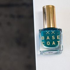 For your #Aquarius season mani 🌊  #nailpolish#nontoxic