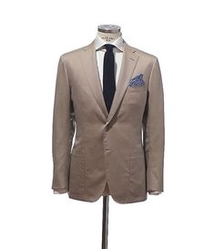 D'avenza summer jacket. Love the lapels and the patch pockets.