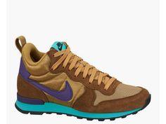 musthave Nike WMNS INTERNATIONALIST MID (goud)