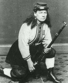 Kady Brownell of Rhode Island is the only female to have received official discharge papers from the Union Army. After the war, she was accepted as a member of the GAR and received a pension for her service. American Civil War, American History, Daughter Of The Regiment, Historical Women, Historical Pics, Union Army, Civil War Photos, We Are The World, Native American Indians