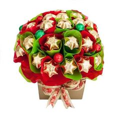 Luxury Christmas themed gift baskets delivered with fastest shipping across Australia for friends and family. Send from great collection of hamper ideas at Giftblooms. Christmas Gift Baskets, Christmas Gift Box, Christmas Hampers Australia, Christmas Tree Chocolates, Corporate Christmas Gifts, Sydney, Chocolate Hampers, Chocolate Stars, Themed Gift Baskets