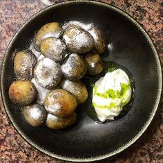 [homemade] black vinegar braised baby potatoes homemade sour cream chive oil salt & vinegar powder http://ift.tt/2fm31LY