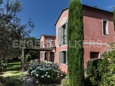 A pink house in the country of Imperia - Liguria