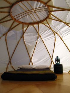 Yurt / belljarsf.com / The Green Life <3