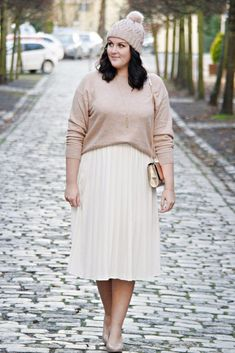 winter outfits plus size size winter outfits office 40 Stylish Winter Outfits Ideas For Plus Size Women Outfits Plus Size, Plus Size Skirts, Curvy Outfits, Mode Outfits, Fashion Outfits, Fashion Tips, Fashion 2017, Dress Fashion, Fashion Ideas