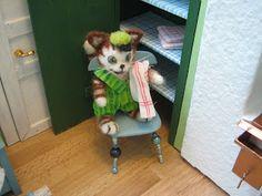Mine dukkehuse: Dug og viskestykker - Tablecloth and dishtowels