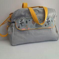 L'Etoffe en biais sur Instagram: 👜 BABY BAG 👜 Vous l'avez aperçu dans le précédent post, je vous en présente les détails : le sac à langer 👶 C'est le patron du modèle…