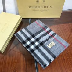 Burberry Clothing, Burberry Outfit, Womens Scarves, Shawl, Cashmere, Clothes, Boucle D'oreille, Watch, Necklaces