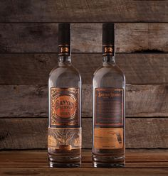 Dunn&Co. - Steven Noble - Banyan Reserve Vodka — World Packaging Design Society / 世界包裝設計社會 / Sociedad Mundial de Diseño de Empaques Wine Packaging, Brand Packaging, Whiskey Bottle, Vodka Bottle, Bottle Labels, Eco Design, Brand Design, Graphic Design, Advertising Pictures