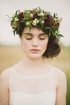 wild at heart autumn wedding inspiration shoot -- flower crown | Paula O'Hara…
