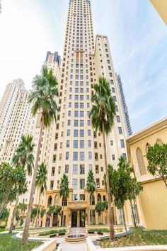 Royal Beach Residence – Beautiful hotels in Dubai – Welcome The Tv Units Hotel A Dubai, Beautiful Hotels, Dining Area, Patio, Building, Beach, Tv Units, Hair Dryer, Travel
