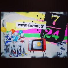 Türkiye'nin ilk online sanat televizyonu www.ekavart.tv  7⃣. Yılında! Retro ile teknolojiyi biraraya getiren kolajlarıyla dikkat çeken genç sanatçı Mihriban Mirap, gündemdeki sanatın takip edilmesi için 'Follow Your Art @ekavarttv' sloganı ile tanıtım görsellerimizi tasarladı. Teşekkür ediyoruz