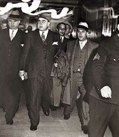 This Day in History:  Oct 17, 1931: Capone goes to prison http://dingeengoete.blogspot.com/ http://usaguns.net/mob/capone.jpg