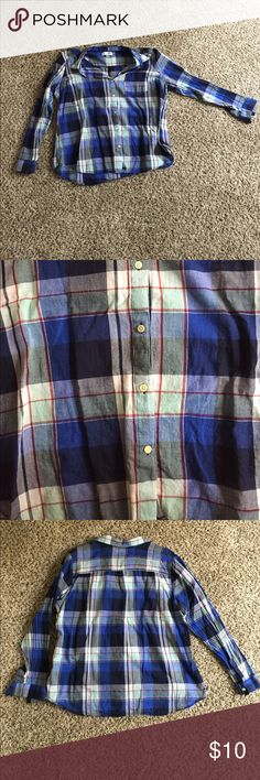 Button up Navy and blue button up, thin material makes it perfect for layering Old Navy Tops Button Down Shirts