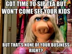 Miss piggy and kermit meme