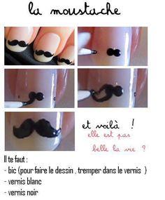 nail art moustachu