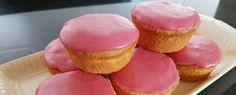 Roze koeken, wie kent ze niet? Met dit recept kan je deze heerlijke roze koeken zelf maken. Want zelfgemaakt zijn ze natuurlijk nog veel lekkerder.