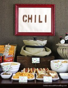 chili bar--brilliant for a Fall party - have I pinned this? Our guide shows exactly how to set up a chili bar with all the fixings. A great party idea for fall including a chili recipe for easy entertaining at home. Super Bowl Party, Burger Bar, Sandwich Bar, Sangria Bar, Pumpkin Carving Party, Pumpking Carving, Food Stations, Party Decoration, Decorations