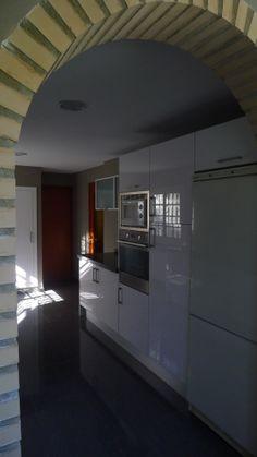 Vista lateral cocina Real