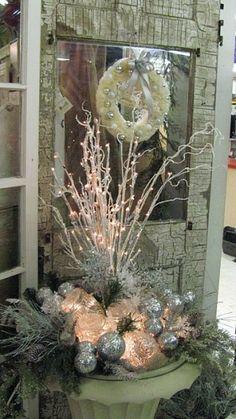 Outdoor Christmas Decor by marleis