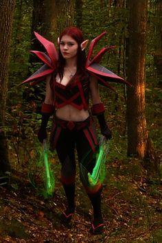 Marina, cosplayeuse d'un jour en Set T2 Rogue (Croc de Sang) de World of…