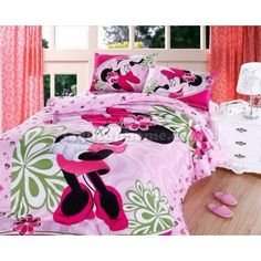 Like it! Pink Minnie Mouse Bedding Sets this would be so cute in Hannah's room!
