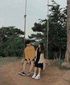 Cute Couples Goals, Couple Goals, Cute Couple Outfits, Kpop Couples, Ulzzang Korea, Couple Aesthetic, Best Friend Photos, Korean Couple, Couple Photography Poses