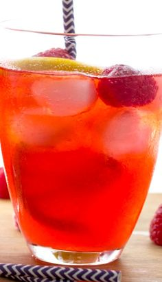 Raspberry & Limoncello Lemonade