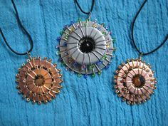 DIY Wire Wrapped Washer Necklaces with Seed Beads Tutorial Wire Necklace, Wire Earrings, Washer Necklace, Necklace Ideas, Earrings Handmade, Wire Wrapped Jewelry, Wire Jewelry, Jewelry Crafts, Jewlery