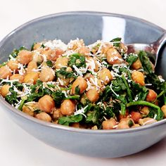 This Slow Cooker Chickpea and Spinach Dish Is Loaded With Vegetarian Protein