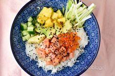 Zelf eens zo'n lekkere poke bowl maken? Probeer onze overheerlijke poke bowl met zalm en avocado eens met dit recept!
