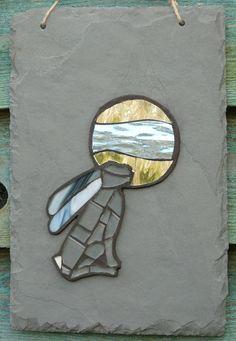 Moon Gazing Hare Mosaic on Recycled Slate by Cornish Crafty Made Mosaic Rocks, Pebble Mosaic, Stone Mosaic, Mosaic Art, Mosaic Glass, Fused Glass, Stained Glass Crafts, Stained Glass Patterns, Mosaic Patterns