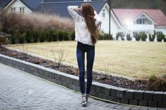 her mile long legs, Kristine Ullebo