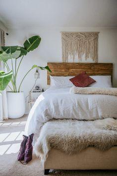 Than 12 Minimalist Beach Bungalow Neutral Bedroom minimalist beach bungalo. Than 12 Minimalist Beach Bungalow Neutral Bedroom minimalist beach bungalo. Romantic Bedroom Decor, Stylish Bedroom, Home Decor Bedroom, Modern Bedroom, Bungalow Bedroom, Bedroom Ideas, Bungalow Decor, Bedroom Designs, Diy Bedroom